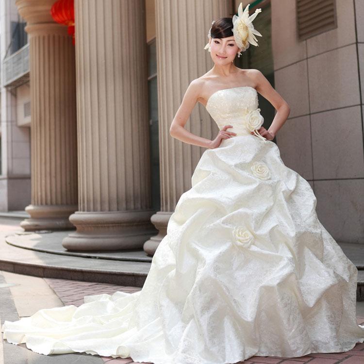 Sắm váy cưới Hàn Quốc giá bình dân - 14