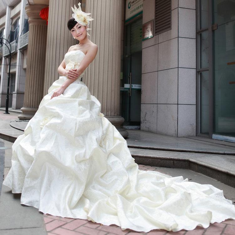 Sắm váy cưới Hàn Quốc giá bình dân - 17