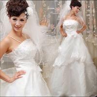 Sắm váy cưới Hàn Quốc giá bình dân
