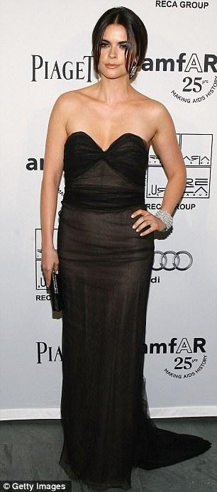 """Heidi Klum hằn... """"vết"""" ở ngực - 18"""
