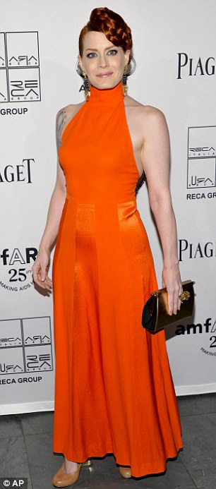 """Heidi Klum hằn... """"vết"""" ở ngực - 19"""