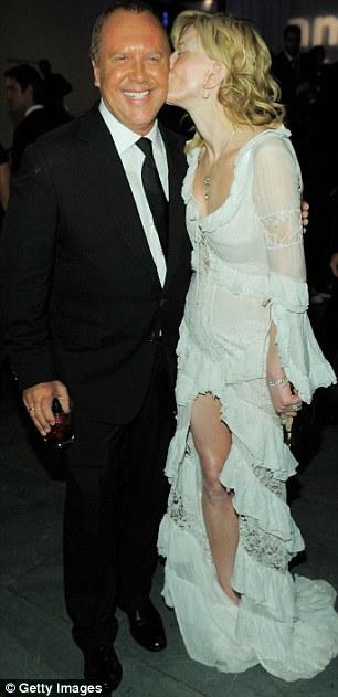 """Heidi Klum hằn... """"vết"""" ở ngực - 17"""