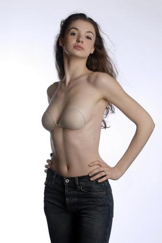 """Heidi Klum hằn... """"vết"""" ở ngực - 9"""