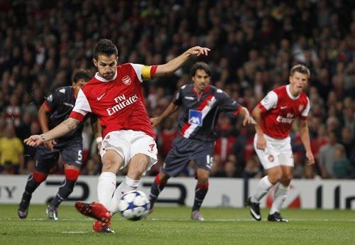 Lịch thi đấu Ngoại hạng Anh 2011/12: Khai cuộc rực lửa - 1