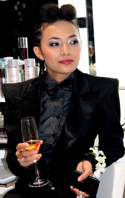 Ấn tượng Xấu - Đẹp của sao Việt tuần qua - 16