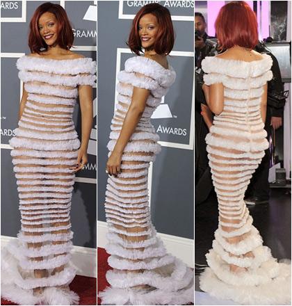 Bắt lỗi 1001 kiểu váy trong suốt của sao - 5