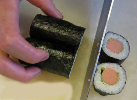 Sushi cuộn xúc xích 6