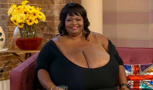 Cô gái ngực khủng tái xuất truyền hình - 2