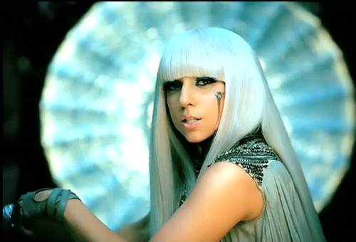 "Billboard Digital Songs: ""Vượt lũ"", TOP 10 MTV, Ca nhạc - MTV, Top 10 Billboard Digital Songs,Lady Gaga,Katy Perry,Adele,Bruno Mars,ngoi sao ca nhac,ca sy quoc te,sao Hollywood,bang xep hang"