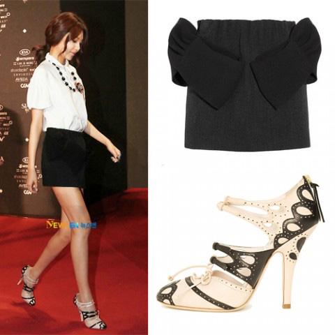 Học sao Hàn khoe chân sexy với miniskirt - 14