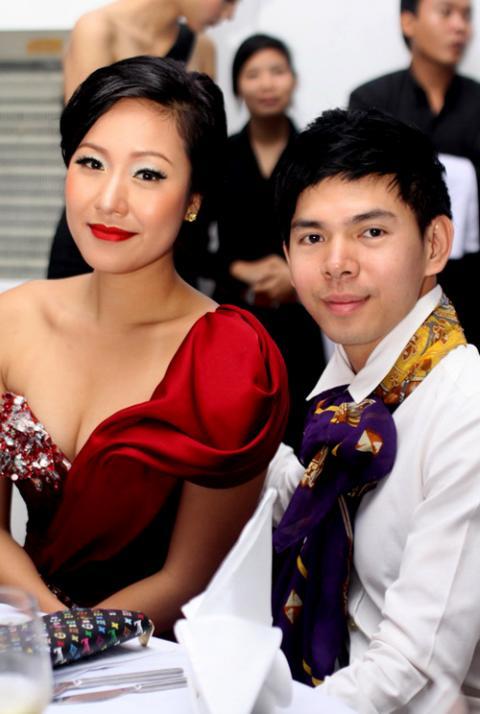 Người đẹp Việt nên học cách tô son, Làm đẹp, sao Viet, lam dep cung sao, phong cach sao Viet, to son, sao viet to son, mau son của sao, lam dep, sao to son,