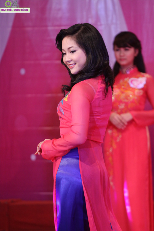 Nét duyên dáng của thiếu nữ Hà Nội - 6