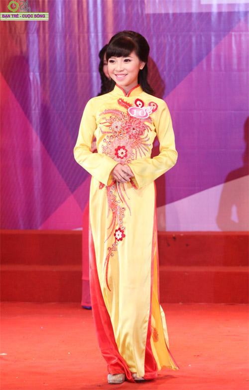Nét duyên dáng của thiếu nữ Hà Nội - 8