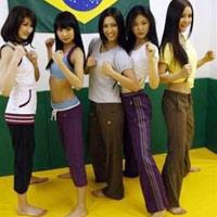 Đột nhập lò khổ luyện chân dài của Nhật