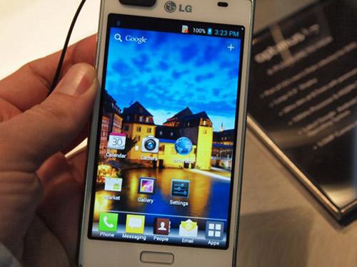 LG Optimus L7 giá 9 triệu đồng: Chưa thỏa - 3
