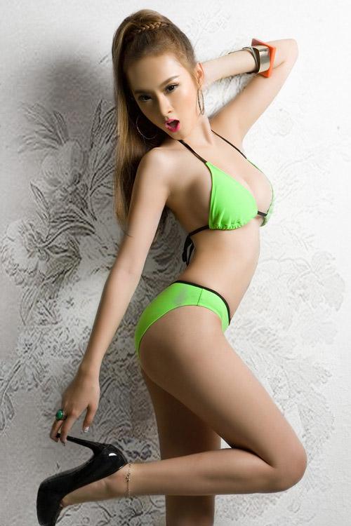 Phương Trinh khoe bikini ngày hè - 6
