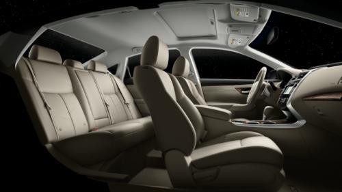 Nissan Altima – sedan cỡ trung giá mềm - 10