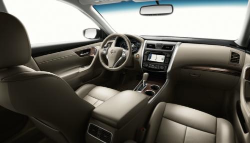 Nissan Altima – sedan cỡ trung giá mềm - 9