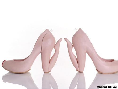 Những đôi giày cao gót kỳ quái - 2