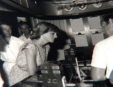 Công nương Diana: Hình ảnh chưa từng công bố - 4