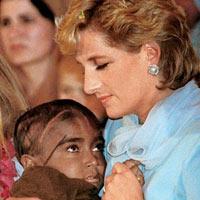 Công nương Diana: Hình ảnh chưa từng công bố