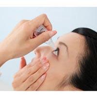Nguy cơ mù vì lạm dụng thuốc nhỏ mắt