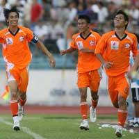 Vòng 13 V-League : Đánh chiếm ngôi đầu