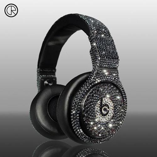 """Những tai nghe độ """"siêu khủng"""" của Crystal Rocked - 4"""