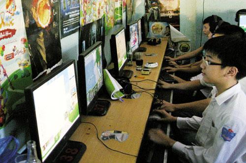 Vẫn tranh cãi về khoảng cách đại lý Internet gần trường học - 1