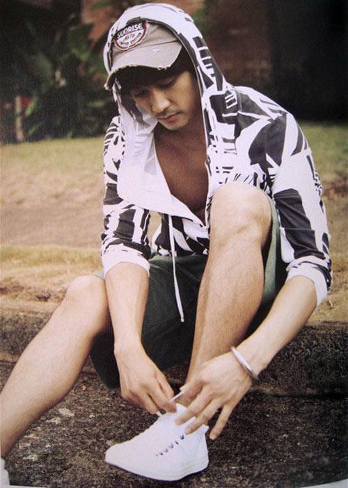 Song Seung Hun khoe thân hình vạm vỡ - 15