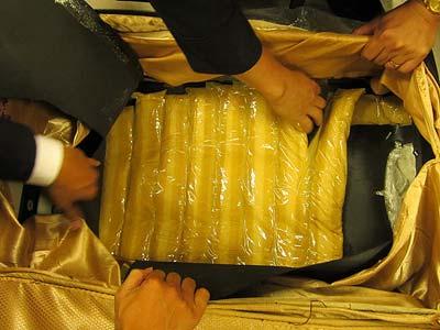 Bắt giữ 6 kg ma túy tại sân bay Tân Sơn Nhất - 1