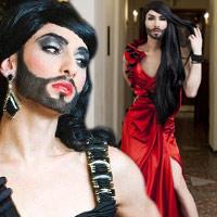 Nữ ca sỹ có râu gây xôn xao