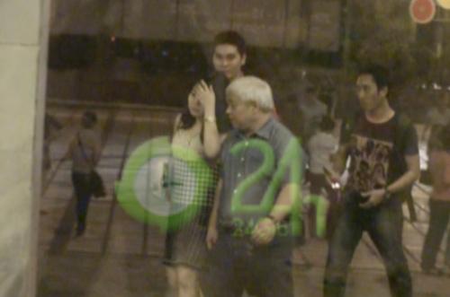Video: Bầu Kiên hạnh phúc cùng vợ đi xem ca nhạc - 2