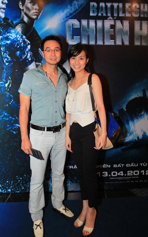 Quỳnh Nga diện sooc ren đi xem phim - 3