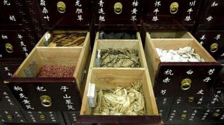 Phát hiện thuốc cổ truyền Trung Quốc có độc - 1
