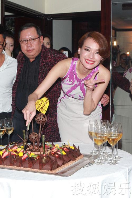 Thư Kỳ say xỉn trong tiệc sinh nhật - 6