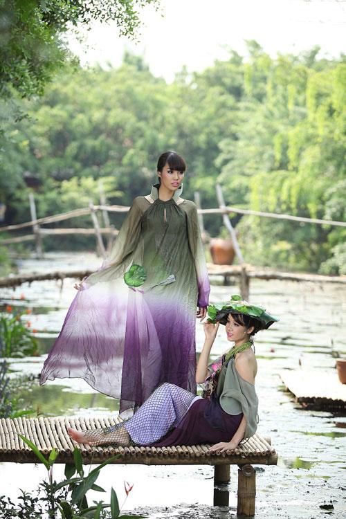 Trang Trần đằm thắm cùng áo dài lạ - 15