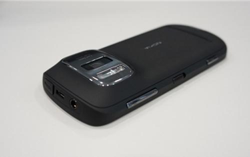 Nokia 808 PureView cái giá 'đá' cái camera - 6