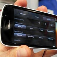 Nokia 808 PureView cái giá 'đá' cái camera