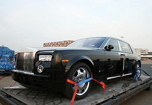 """""""Soi"""" những chiếc Rolls-Royce đình đám nhất Việt Nam - 2"""