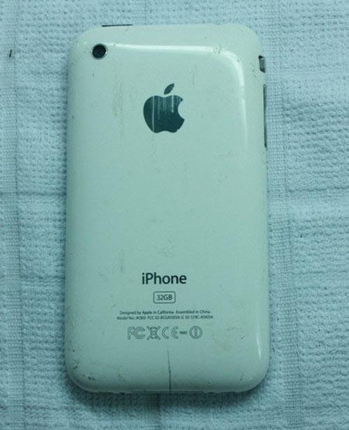 """Công nghệ """"nấu"""" iPhone cũ thành mới tại VN - 1"""