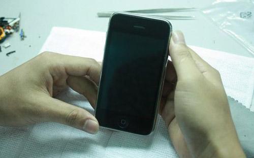 """Công nghệ """"nấu"""" iPhone cũ thành mới tại VN - 13"""