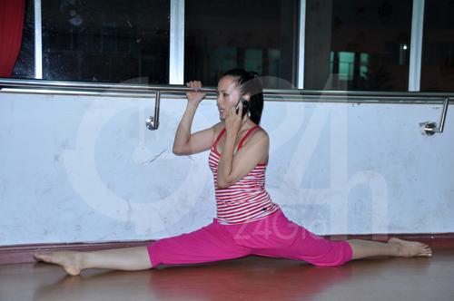 Anh Thư lúng túng luyện nhảy - 18