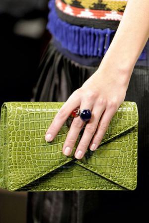 50 mẫu túi ấn tượng nhất năm 2012 - 14