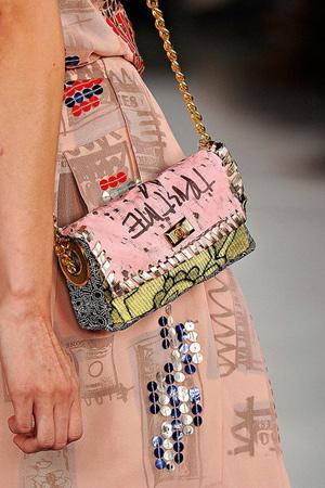 50 mẫu túi ấn tượng nhất năm 2012 - 19