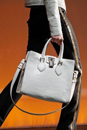 50 mẫu túi ấn tượng nhất năm 2012 - 27