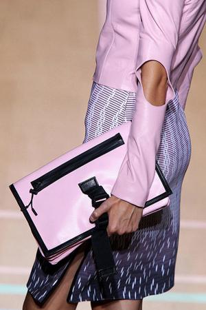 50 mẫu túi ấn tượng nhất năm 2012 - 29