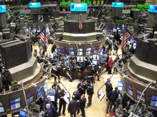 """Cổ phiếu công nghệ """"nhấn chìm"""" Phố Wall - 1"""
