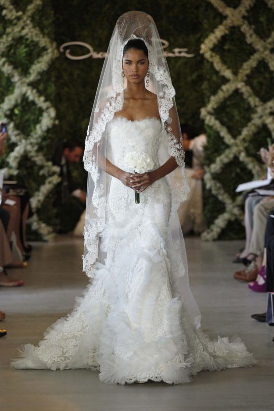 Năm 2013, cô dâu mặc gì? - 20