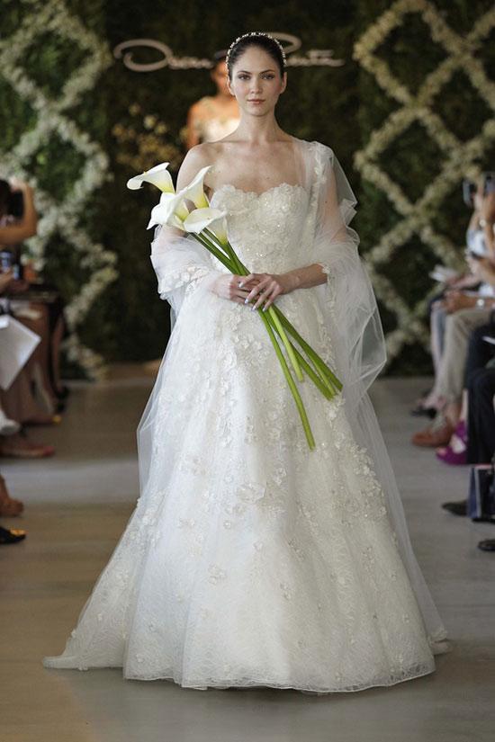 Năm 2013, cô dâu mặc gì? - 18